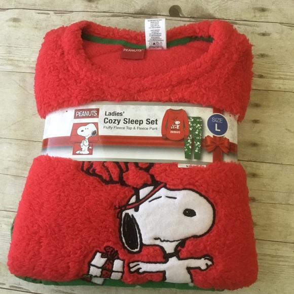 Peanuts Other - Snoopy Christmas 🎄 Fleece Pajamas Fluffy! Large